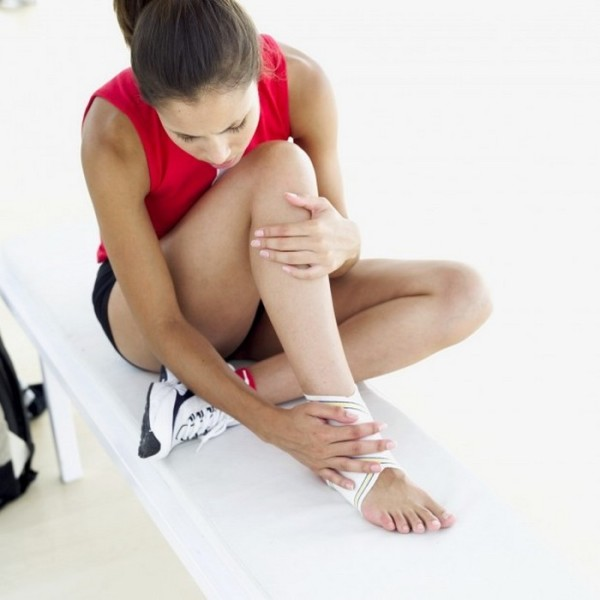 болять ікри ніг