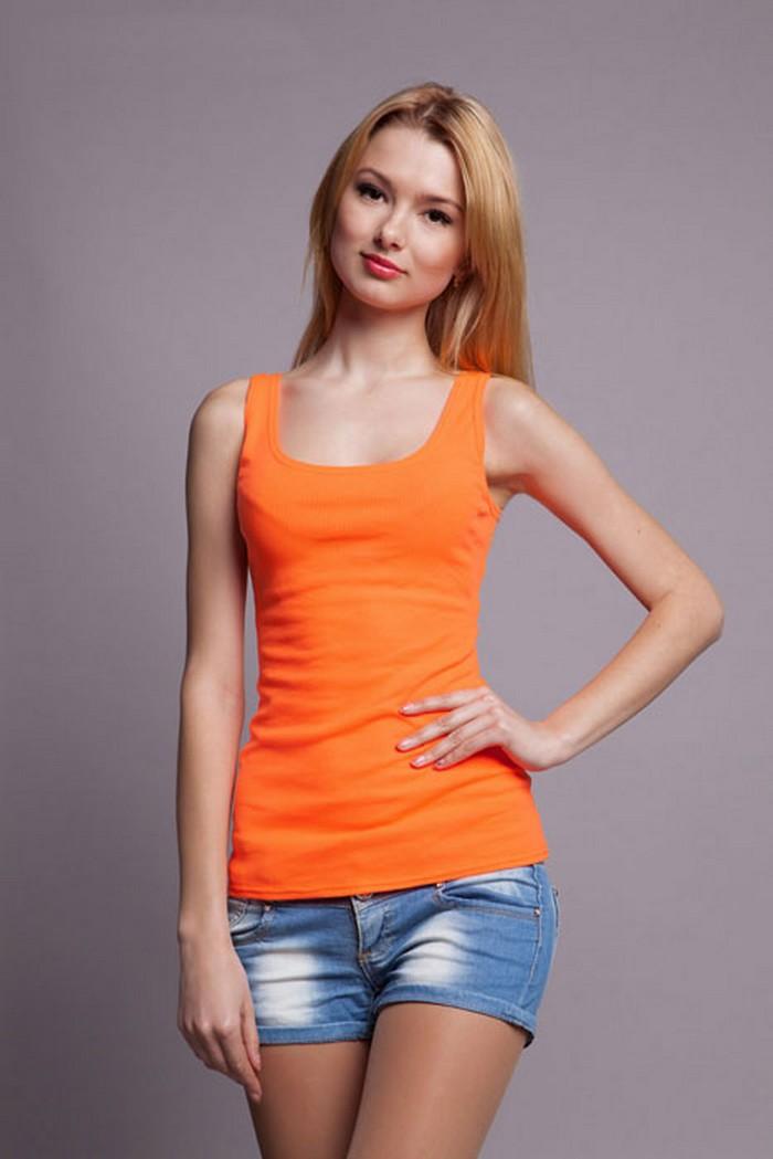 оранжевий одяг