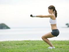 вправи для стрункості ніг