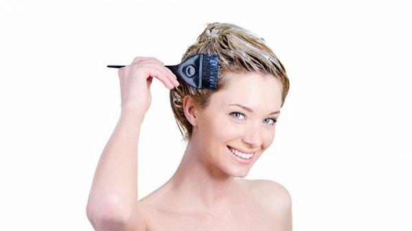 як поміняти колір волосся в домашніх умовах