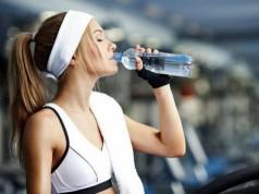 чи можна пити воду під час тренувань