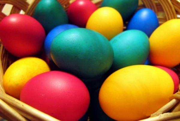 Як фарбувати яйця на Великдень