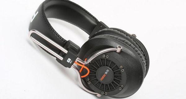 професійні навушники